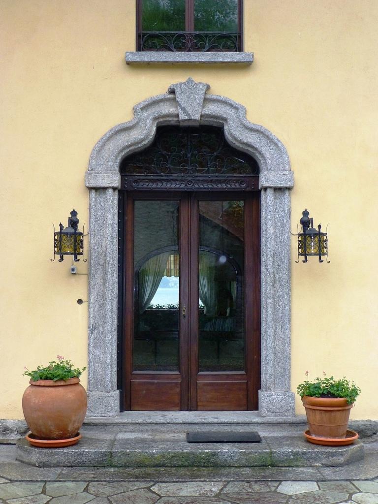 Villa Hauseingang
