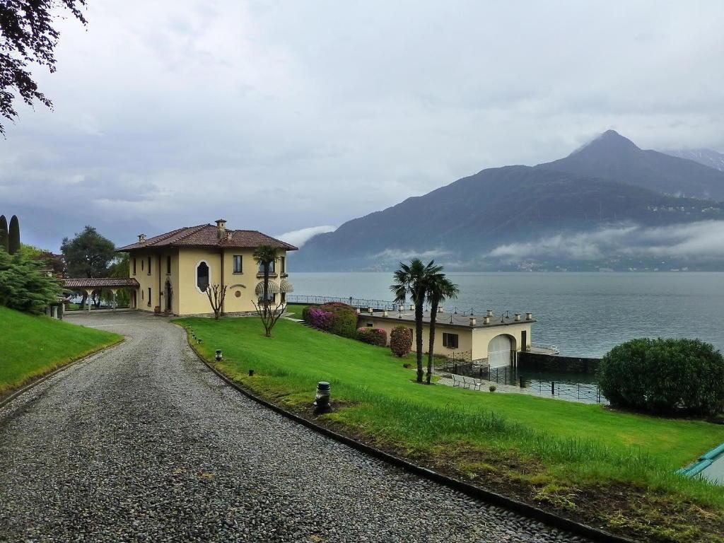 Zufahrt Villa Comer See